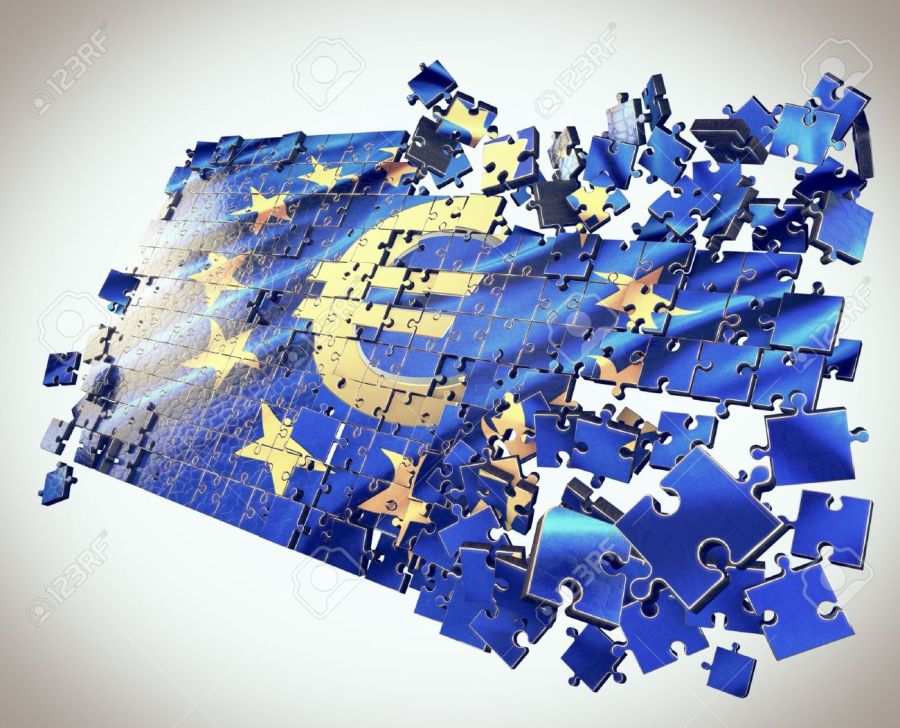 2016.07.15 22230064-The-European-Union-puzzle-with-Euro-symbol-points-economic-crisis-Stock-Photo