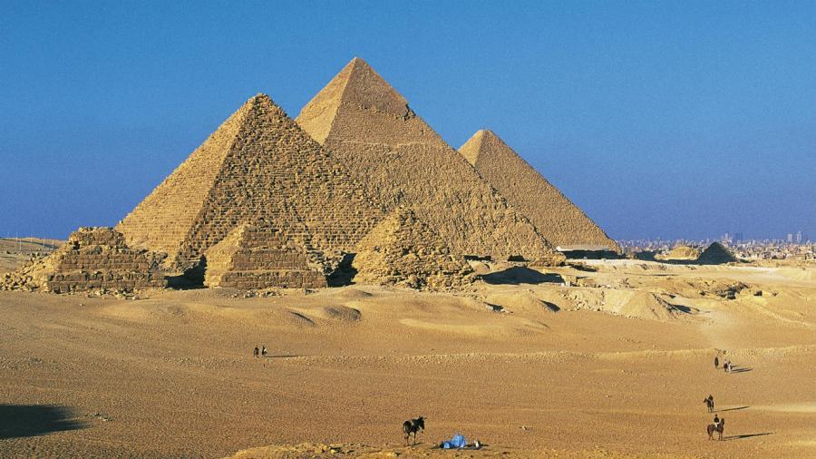 2017-02-14-pyramide_kheops_egypte