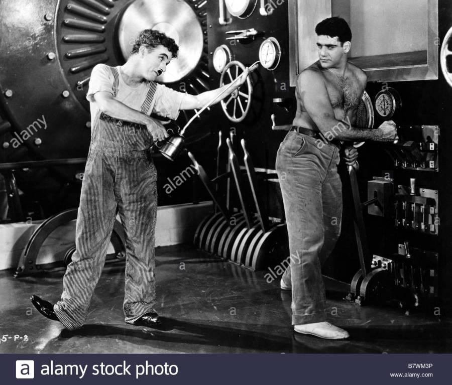 2017.04.26 les-temps-modernes-modern-times-anne-1936-usa-charlie-chaplin-ralisateur-B7WM3P