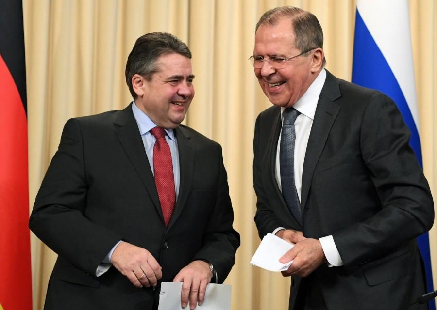 2017.06.31 ministre-russe-Affaires-etrangeres-Serguei-Lavrov-homologue-allemand-Sigmar-Gabriel-issue-conference-presse-9-2017-Moscou_0_1398_995