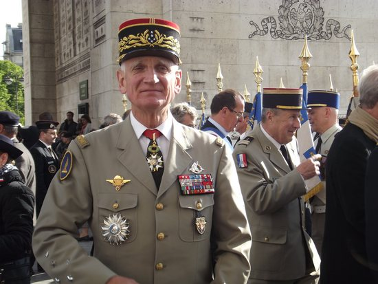 2017.07.20 Général d'armée Bruno Dary 250