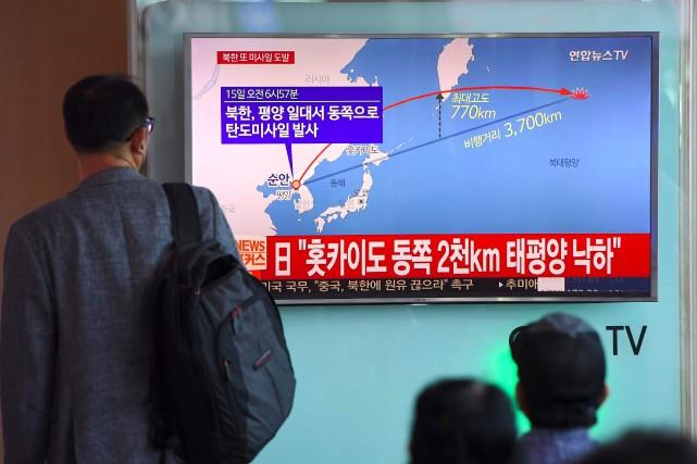 2017.09.17 1470887-pyongyang-tire-vendredi-matin-missile