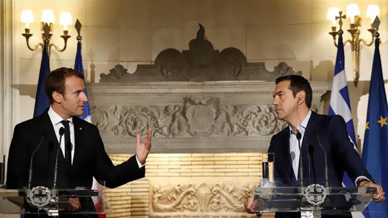 2017.09.19 macron tsipras 4bn102b3035063v6s7_800C450