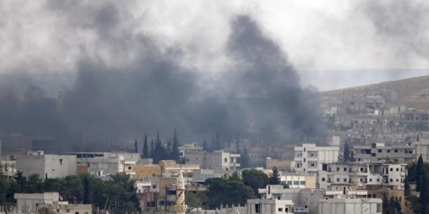 GUERRES Les-kurdes-repoussent-les-islamistes-a-kobani-en-syrie