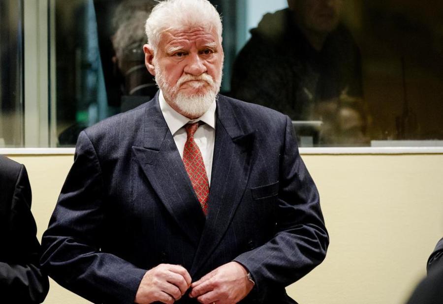 Slobodan Praljak, un général croate jugé pour crimes de guerre, se suicide en pleine audience 13829527