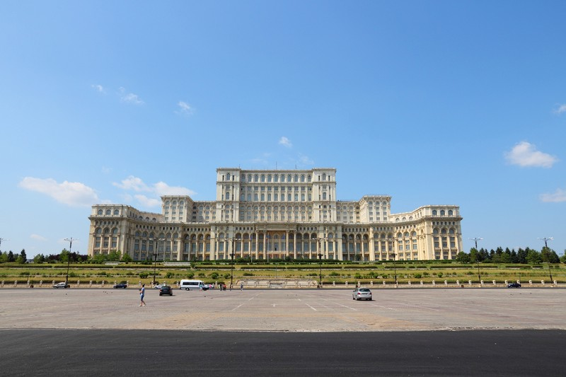 bucarest parlement bigstock-parliament-of-romania-42369454