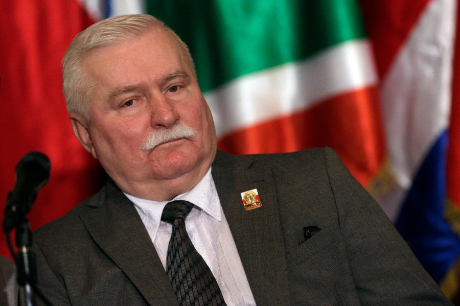 Former Polish President and 1983 Nobel Peace Prize laureate Lech Walesa attends a news conference after the special session of the National Assembly in Caracas