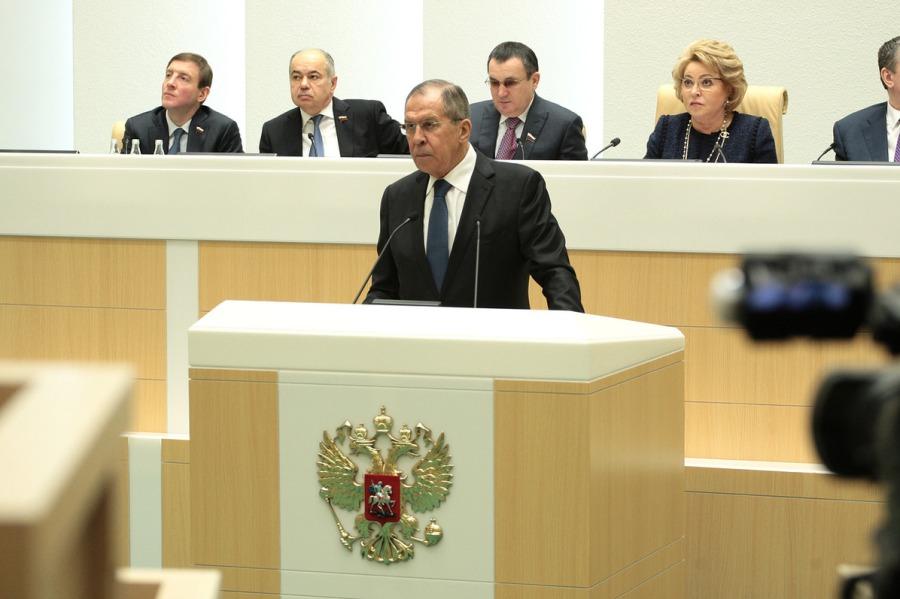 LAVROV au Conseil de la Fédération de l'Assemblée fédérale russe, Moscou, 15 décembre 2017 a4T2T1880
