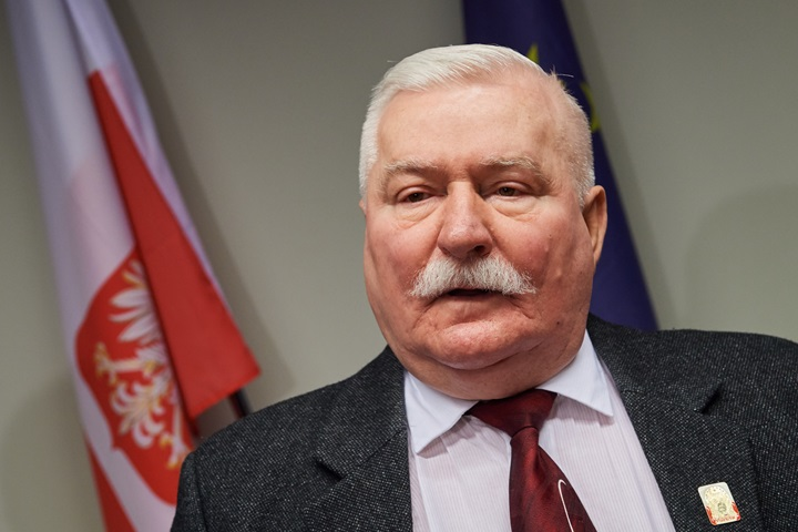 Lech Wałęsa,NzIweDQ4MCFjcm9wfDN4NzZ4Mjk5N3gxOTk4,27976360_26629686