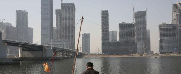 CHINE La ville de Tianjin, qui se veut une réplique de Manhattan et souhaitait attirer une masse de gens et d'entreprise1833131