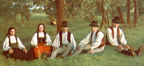 ROUMANIE Une famille sicule en Transylvanie.Sicule-Transylvanie_1
