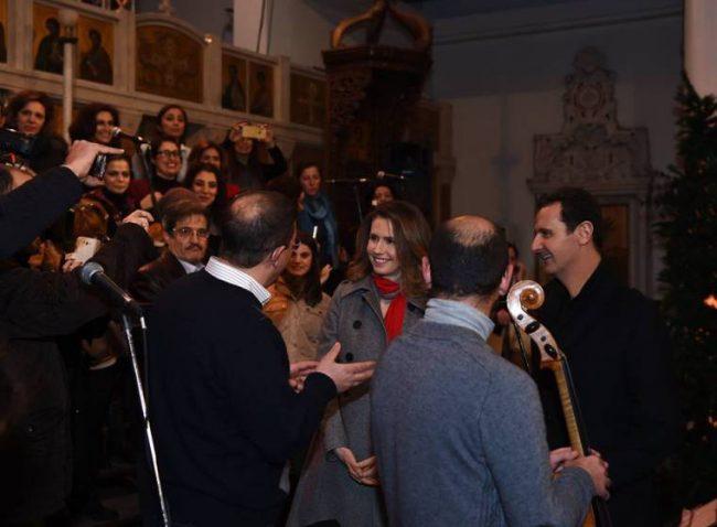 SYRIE Bachar al-Assad et son épouse à l_église de Notre-Dame de Damas pour partager Noël avec les chrétiens de Syrie. Photo DRElias-Zahlaoui-650x478