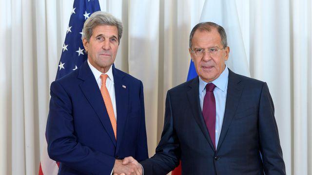 USA RUSSIE le-secretaire-d-etat-americain-john-kerry-et-son-homologue-russe-serguei-lavrov-_5658527