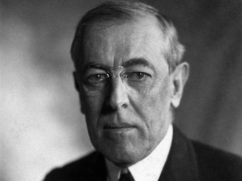 USA thomas_woodrow_wilson_harris__ewing_bw_photo_portrait_1919