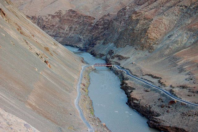 AFGHANISTAN CHINE INVESTISSEMENTS 1408444-induswater-1494616404-355-640x480