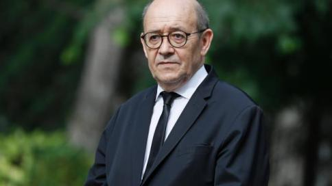 direct-jean-yves-le-drian-quitte-la-presidence-de-la-region-bretagne