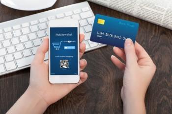 La carte bancaire russe Mir arrive en Europe mobile-purchase-350x233