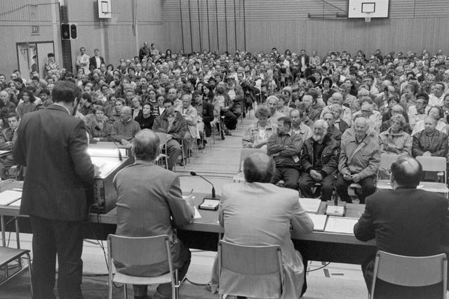 SUISSE En 1994, les citoyens de la commune de Wolfenschiessen 205855258-jpg