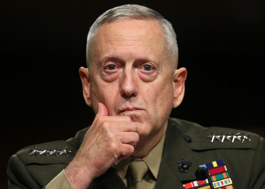 USA le Secrétaire de la défense James Mattis 103121329-marine-corps-gen-james-mattis-listens-during-his.jpg.CROP.promo-xlarge2
