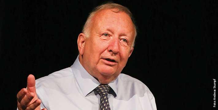 ALLEMAGNE Willy Wimmer, ancien secrétaire d_État au ministère allemand de la Défense 0815_4
