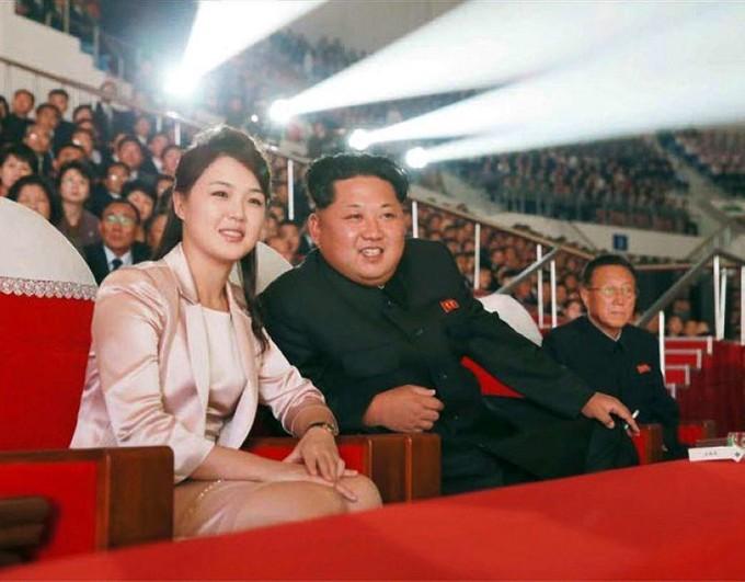 COREE DU NORD - Kim Jong-Un et son épouse, Ri Sol-Ju Image-1024-1024-2106264