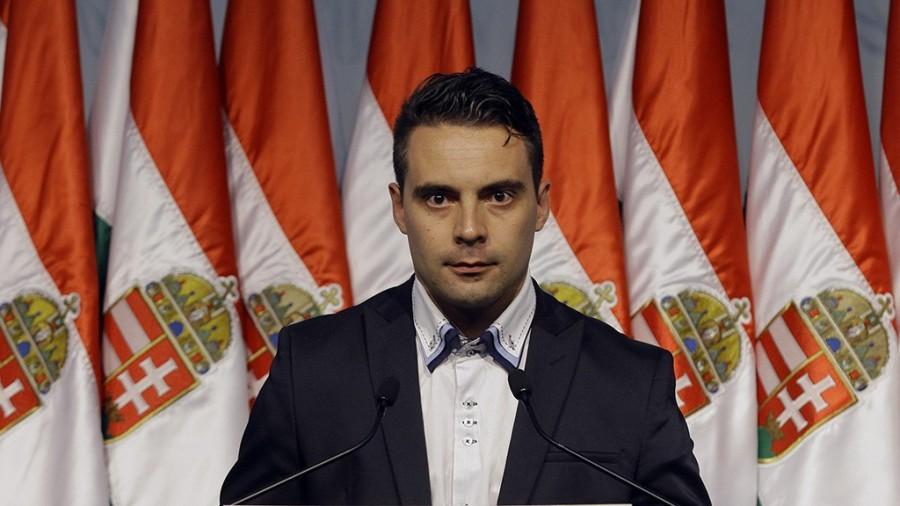 HONGRIE Gabor Vona, président du Jobbik, pendant la campagne des élections législatives hongroises vona-gabor-kiemelt-1024x576
