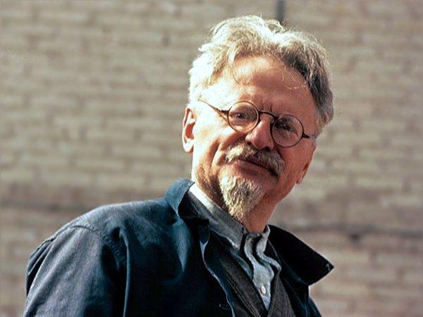 Leon Trotsky in Mexico; ca. 1940. Trotsky-Leon-1940_1_1509986725.png.600x450_q85
