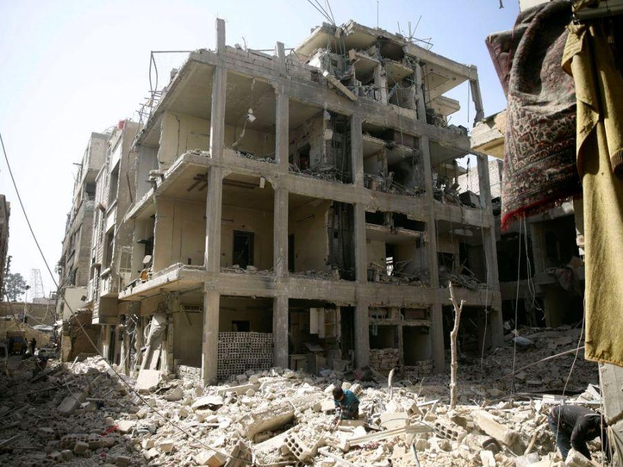 SYRIE cover-r4x3w1000-5abd17c694c81-syrie-la-bataille-de-la-ghouta-est-presque-terminee-dit