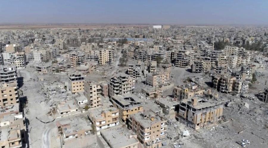 SYRIE Raqqa, ville réduite en ruines par les bombardements de la coalition militaire internationale AP_17293017181801