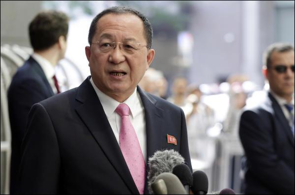 COREE NORD le Ministre nord-coréen des Affaires étrangères Ri Yong-ho topelement