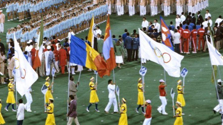 JO POLITIQUE ceremonie-d-ouverture-des-jo-de-moscou-1980_5948420