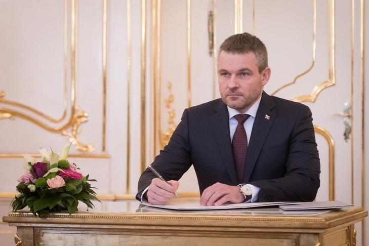 SLOVAQUIE nouveau-Premier-ministre-slovaque-Peter-Pellegrini-22-2018-Bratislava_0_729_486