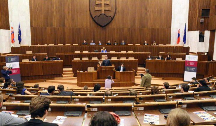 SLOVAQUIE slovak-parliament-pellegrini-fb-page-740x431