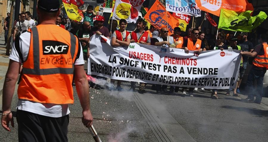 SNCF 2172158_le-mouvement-de-greve-a-la-sncf-entre-dans-une-phase-decisive-web-tete-0301614677750