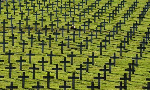 CIMETIERE MILITAIRE FRANCE cimetière de Vieil Armand, dans le Haut-Rhin, où 30000 soldats 562079-france-wwi-history
