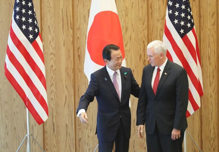 JAPON USA president-americain-Mike-Pence-ministre-Finances-Taro-Aso-Tokyo-18-avril-2017_0_729_505