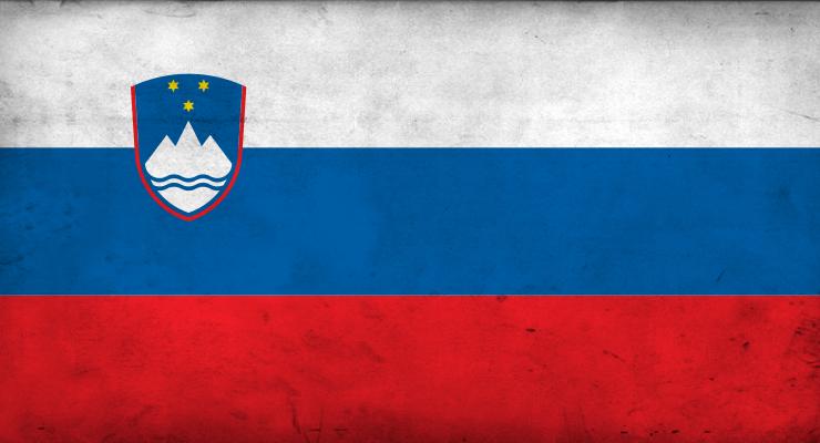 SLOVENIE szlovénia-zászló-740x400