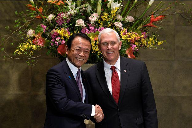 USA JAPON Mike-Pence-rassure-le-Japon-contre-Pyongyang-qui-promet-des-tirs-hebdomadaires