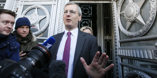 RUSSIE ANGLETERRE M. Bristow,AMBASSADEUR ANGLAIS A MOSCOU Affaire-de-l-espion-russe-Moscou-expulse-23-diplomatiques-britanniques