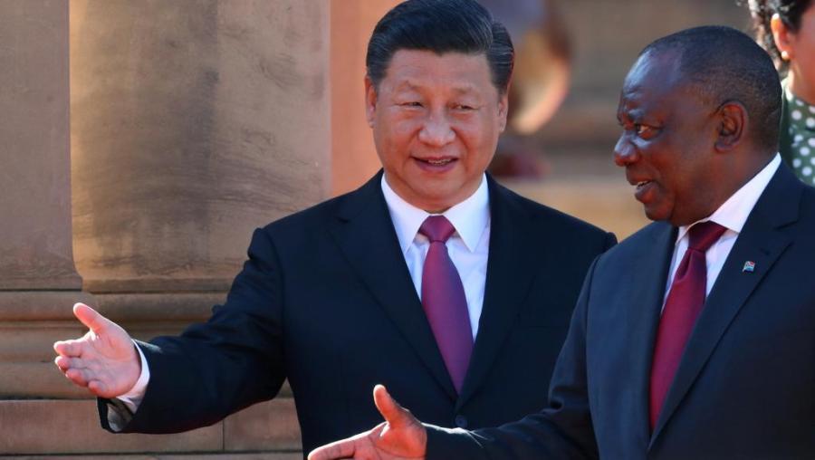brics afrique du sud Cyril Ramaphosa reçoit le président chinois Xi Jinping, à Pretoria, le 24 juillet 20182018-07-24t085421z_653920333_rc15e5610ad0_rtrmadp_3_safrica-china_0