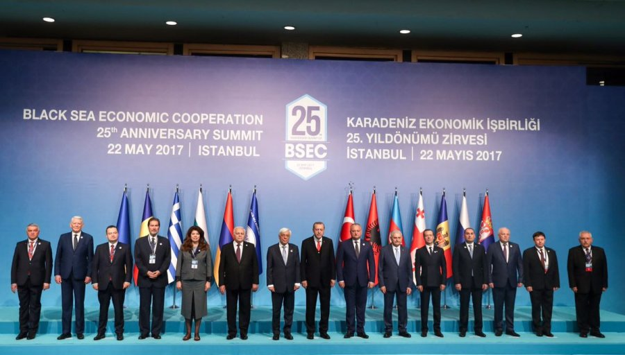 MER NOIRE La Turquie a accueilli le Sommet du 25ème anniversaire de l_Organisation de Coopération économique de la mer Noire à Istanbul, le 22 mai 2017
