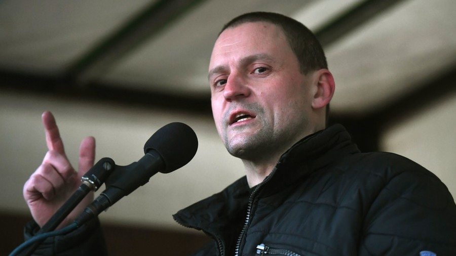 RUSSIE Sergei Udaltsov speaks at a protest rally in Moscow © Iliya Pitalev Sputnik 5b7c2643dda4c8c54b8b4591
