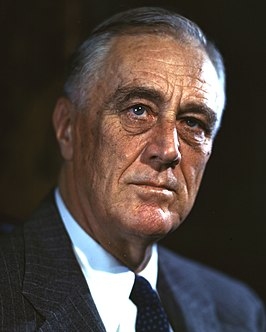 USA Roosevelt 266px-FDR-1944-Campaign-Portrait_(cropped)