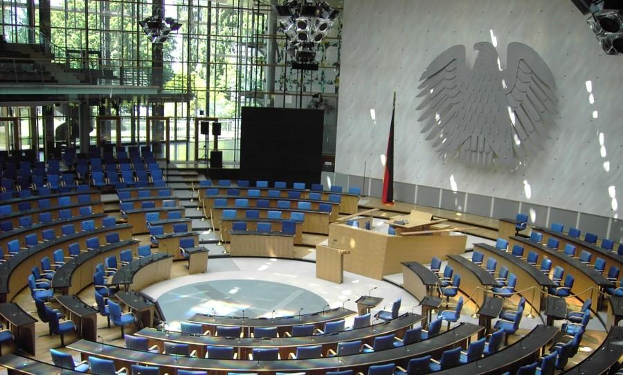 ALLEMAGNE Bonn_Bundestag_Plenarsaal1-e1342731618263