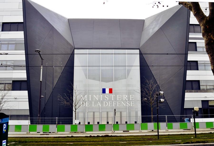 france Ministère_de_la_Défense_à_Balard,_parcelle_Valin_centre_(03-15)