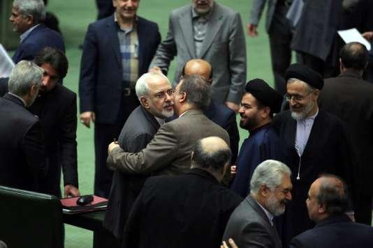IRAN-ECONOMY-BUDGET-ROUHANI