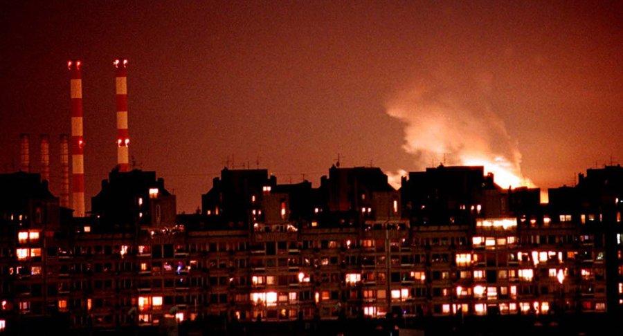 OTAN bombardements otaniens de la Yougoslavie  1038406037.jpg