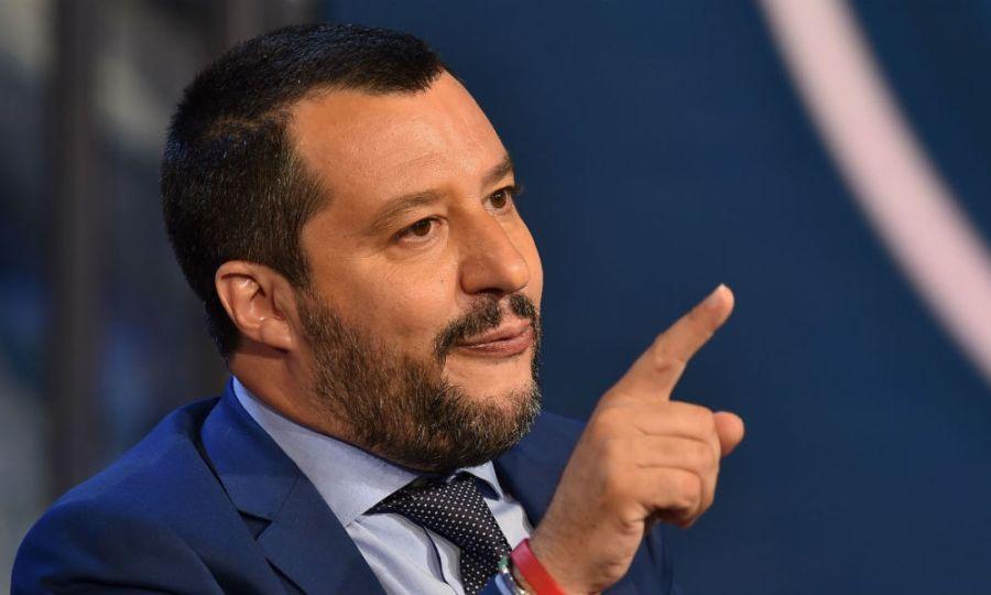 ITALIE OCT 2018 Lundi, le décret-loi contre l'immigration prôné par Matteo Salvini a été adopté par le conseil des ministres italien.593cc64d43099f38b30b7b3dbbe1b