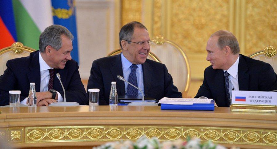 RUSSIE Serguei Choïgou & Lavrov & vladimir Poutine 1049098506
