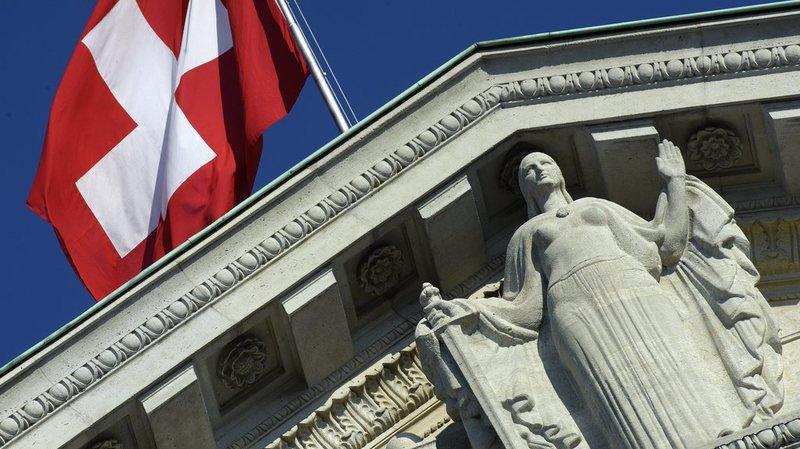 SUISSE Tribunal fédéral suisse 127238040
